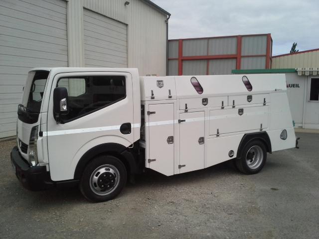 vehicule hydrocureur pour curage reseau en parking et soutterain